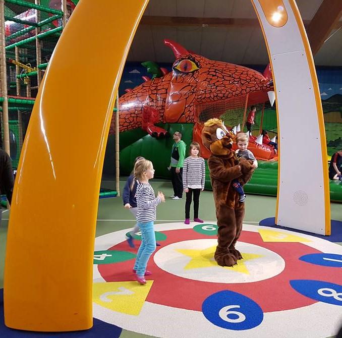 Yalp Sona - Spielbogen im Indoorpark Biberino