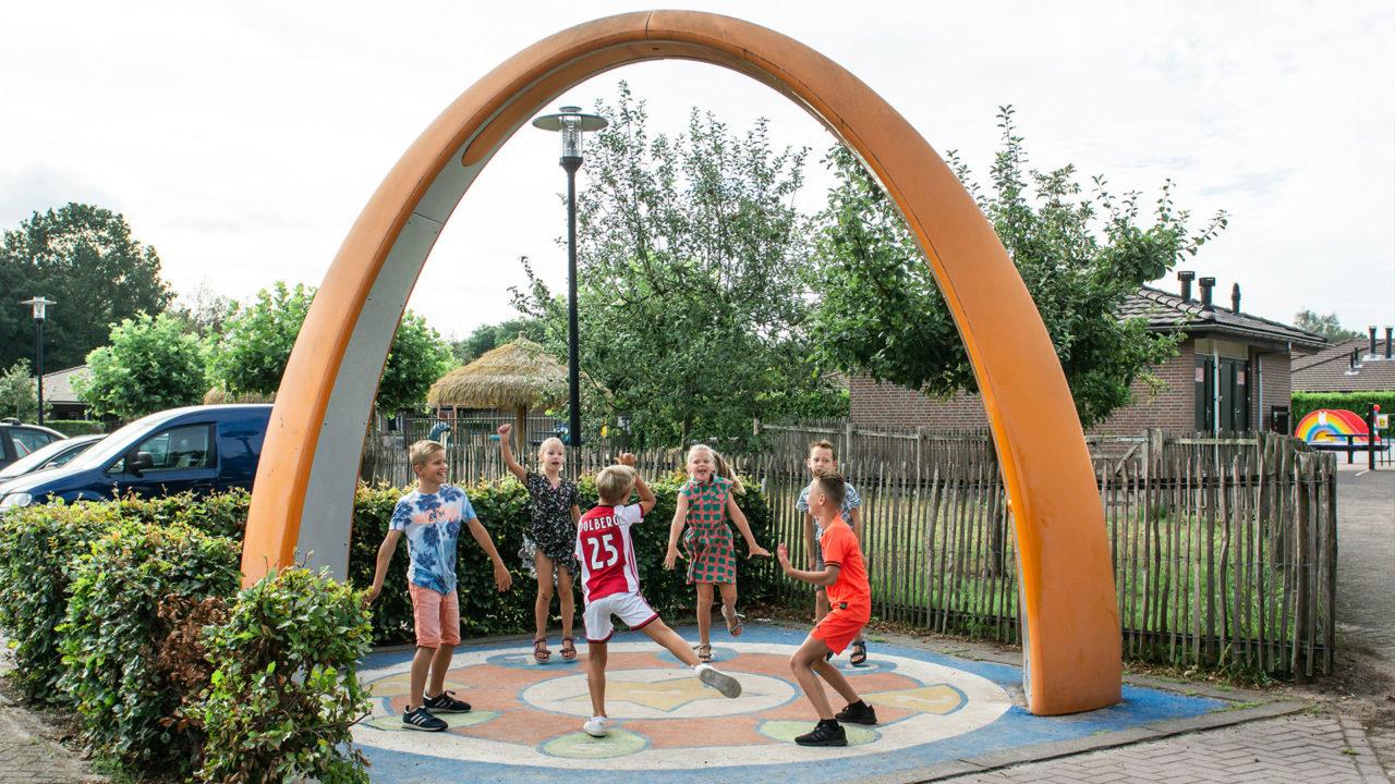 Yalp Sona - Spielbogen - Campingplatz de Boshoek (NL)