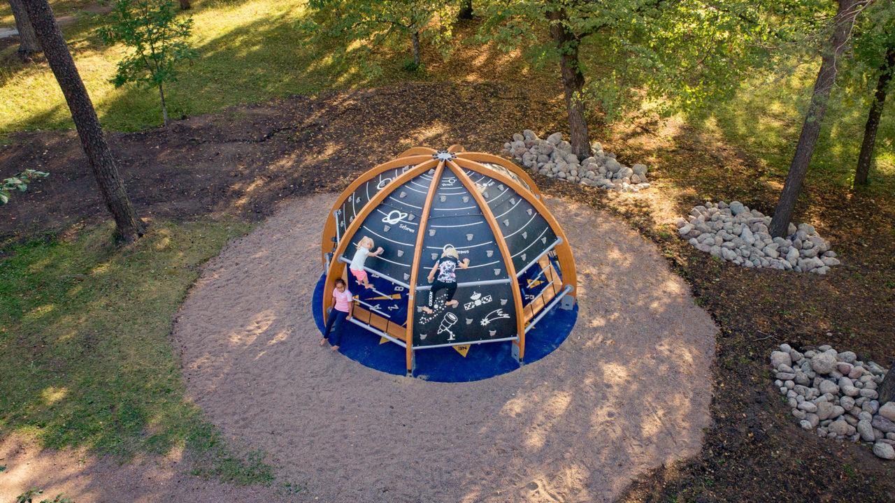 Lappset - Halo - Planetarium