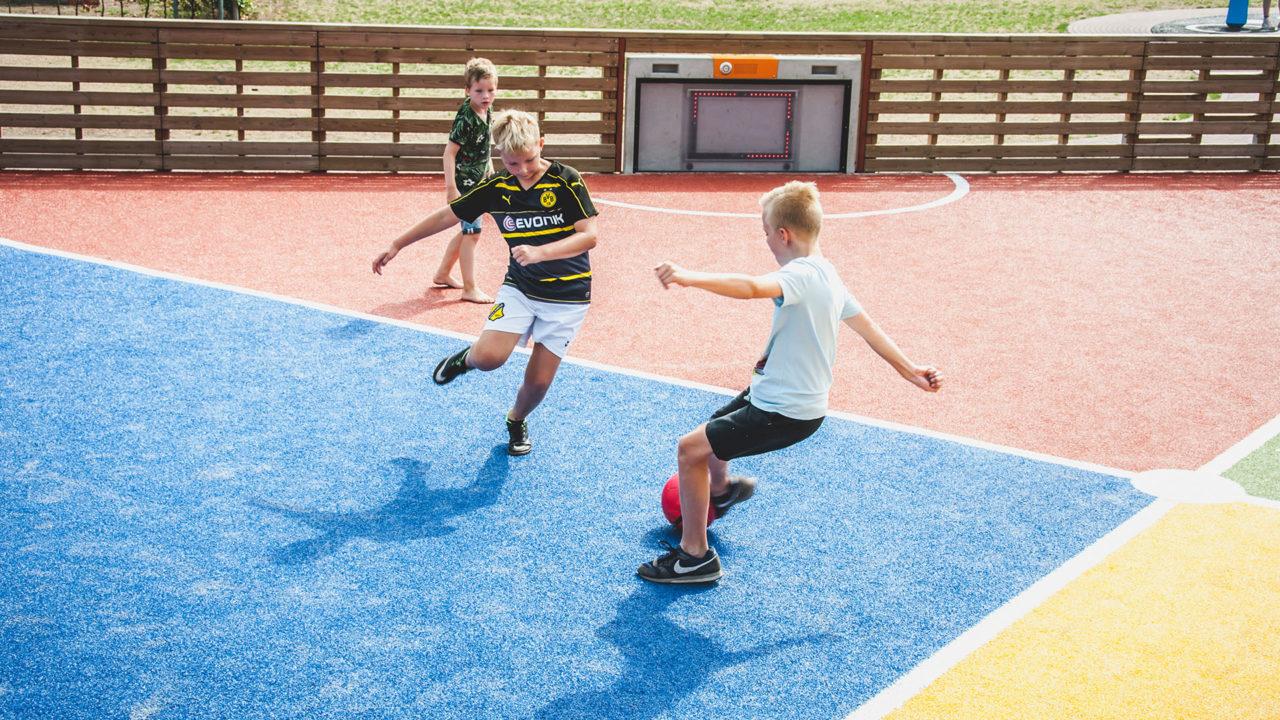 Geeignet für verschiedene Ballsportarten (Fußball/Hockey)